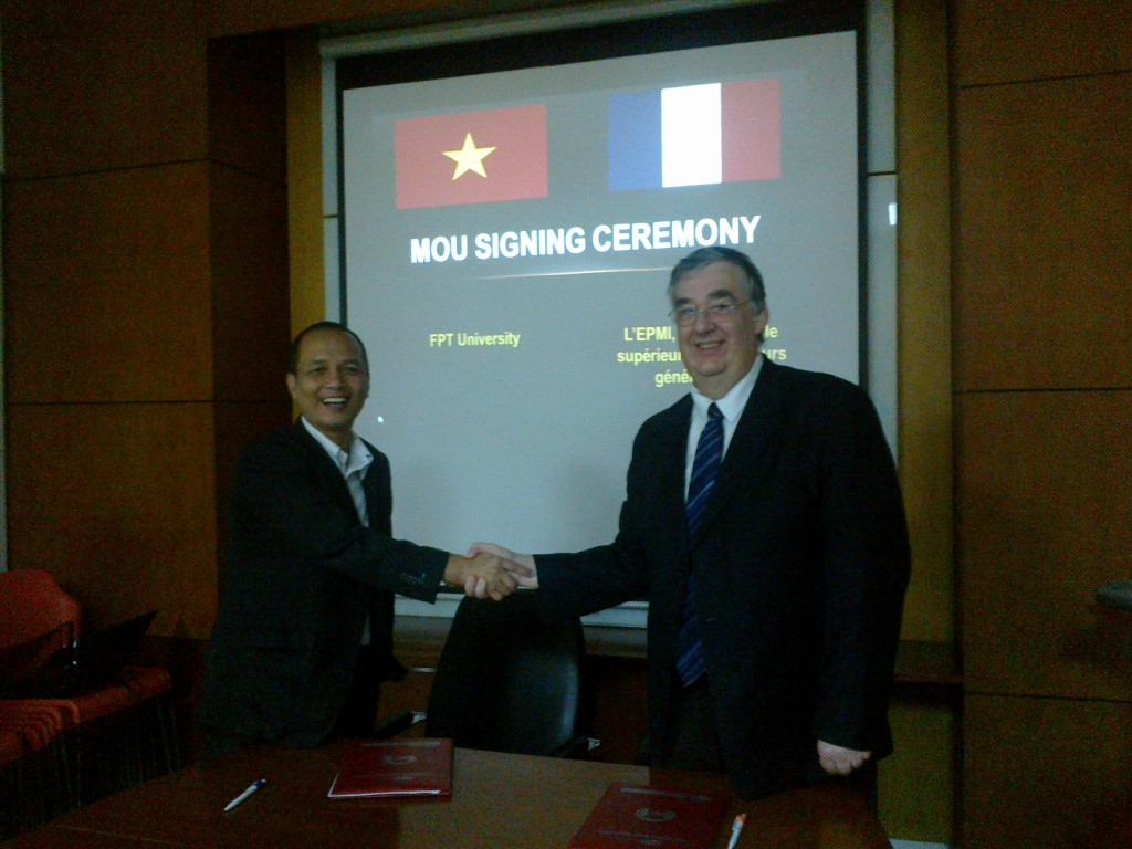 Signature d'une convention de partenariat avec Hanoï University of Science and Technology (INP Hanoi) et FPT University