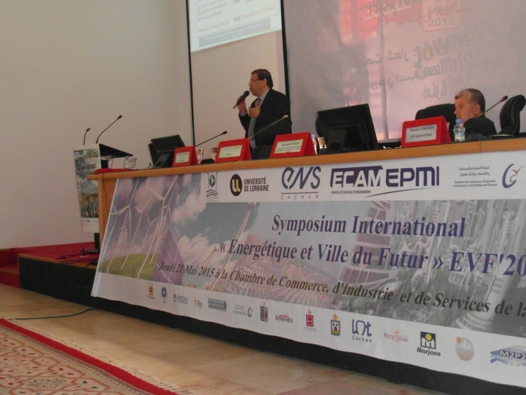 Prof. M. Moumen Darcherif, Dir. Général ECAM-EPMI lors d'une plénière sur la ville du futur à EVF'2015, Tétouan, Maroc