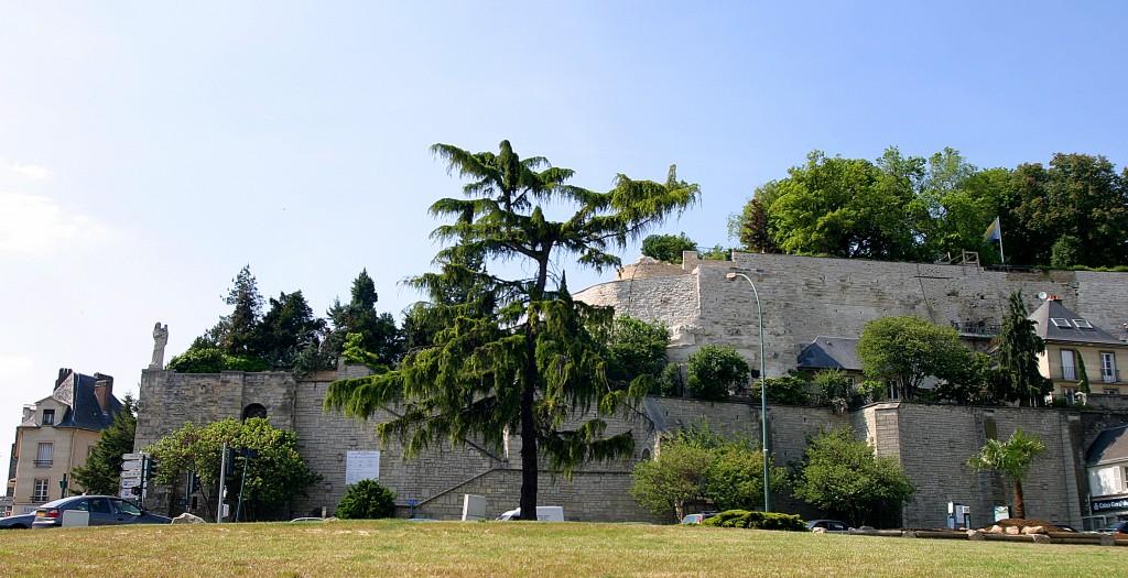 les remparts de Pontoise